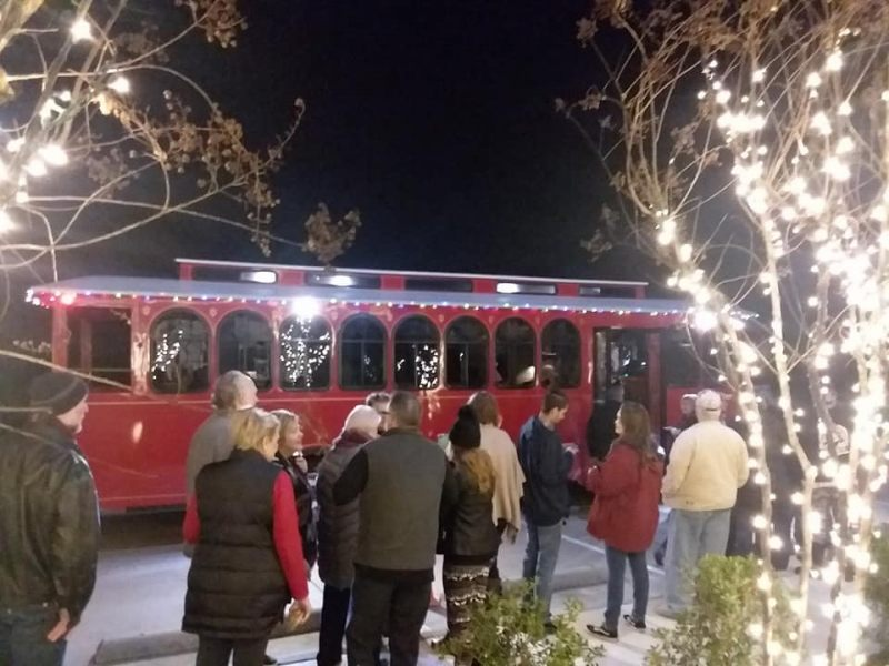 Holly-Jolly-Trolley-Tour-2019