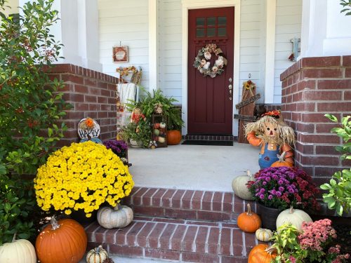 2018 Fall Decor - front steps